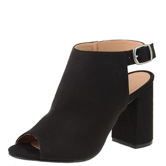 688d952f35d36 NEW Black Bestie Chunky Heel Faux Suede Bootie NIB Boutique